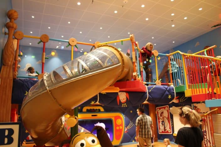 Onboard the Disney Wonder there is even an indoor slide to have tons of fun for kids!