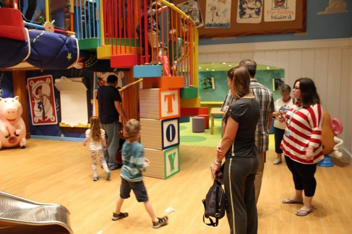 The Oceaneers Club onboard the Disney Wonder includes plenty of spaces for kids to have fun