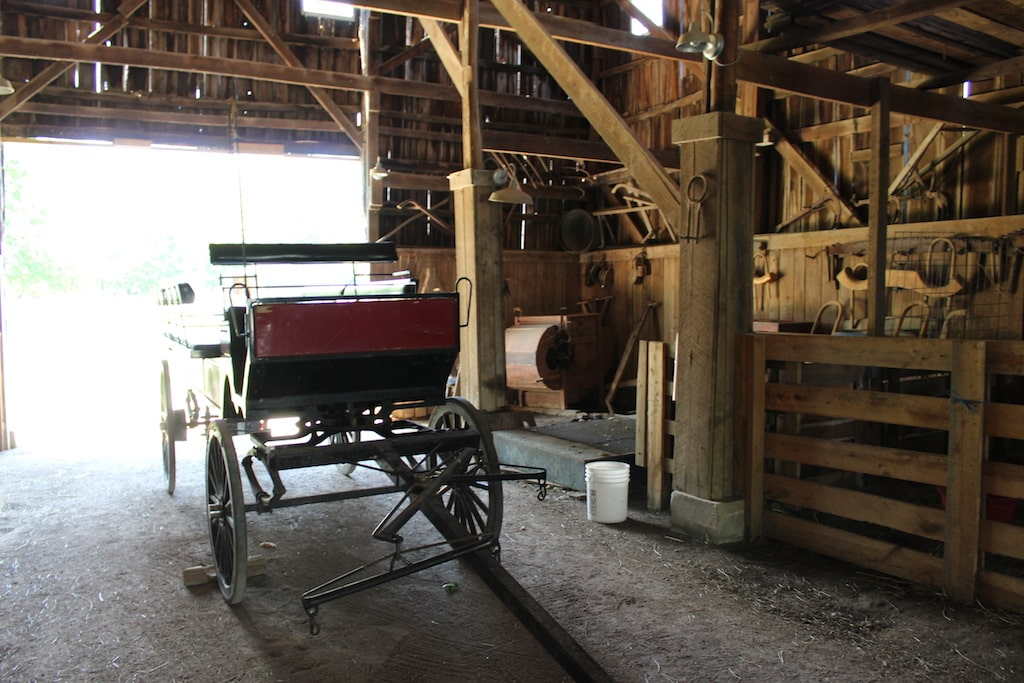 http://www.betsiworld.com/harrodsburg-kent…l-shaker-village/ The Shakers lived and worked in community at Pleasant Hill Shaker Village