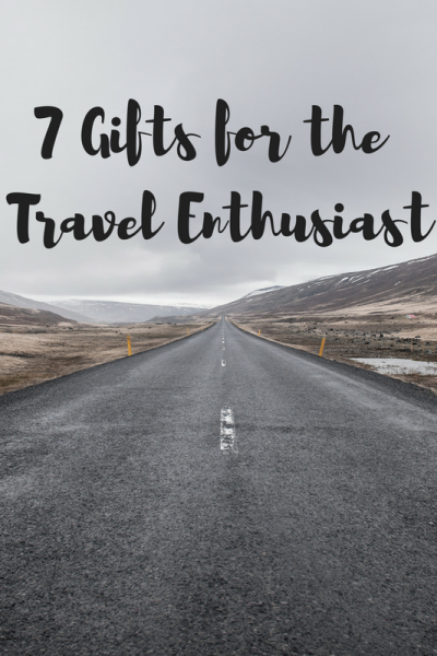 Top 7 Christmas Gifts for the Travel Enthusiast