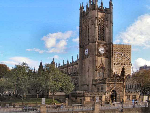 #ManchesterCathedral in Manchester, England is just one of 4 ingredients for your Manchester Travel Adventure! This iconic cathedral is filled with history and is a stunning architectural masterpiece.
