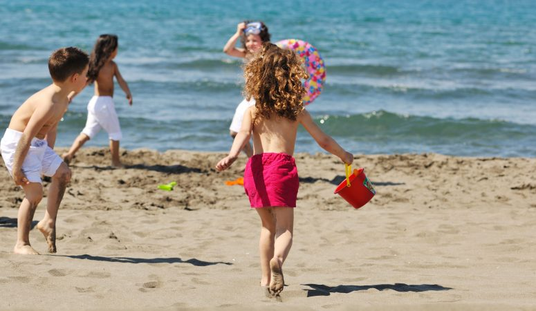 Family Vacation Tips: 8 Witty Tips to Make Your Vacation Fun!