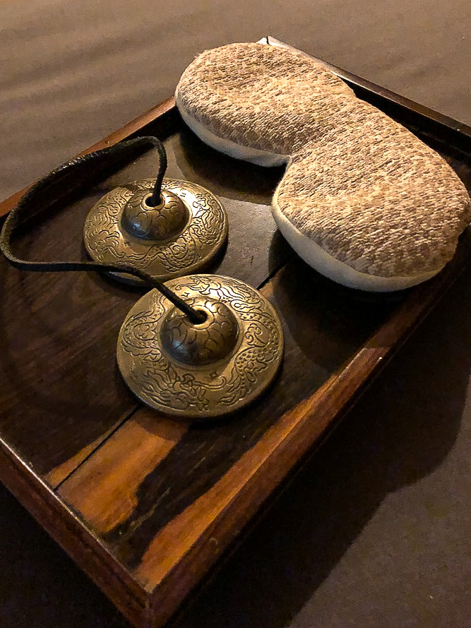 When ready for your therapist to begin your treatment at Grand Velas Se Spa, all you have to do is to clink the cymbals.