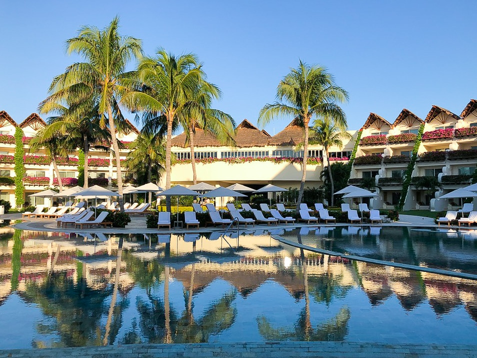 From the moment you walk onto the property at Grand Velas Riviera Maya, the stress melts away and you are in nirvana. A concierge will help you arrange activities during your stay, and a visit to Se Spa is a must for the ultimate in luxurious relaxation.