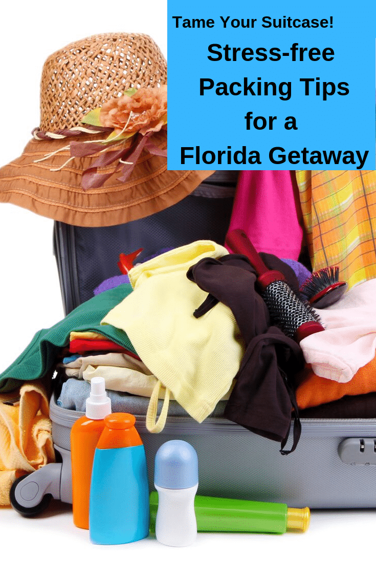 Deciding what to pack for your Florida vacation can be overwhelming, especially if you are going to be doing a ton of different activities. Our Florida Vacation packing guide makes it much easier. #packing #FLvacation
