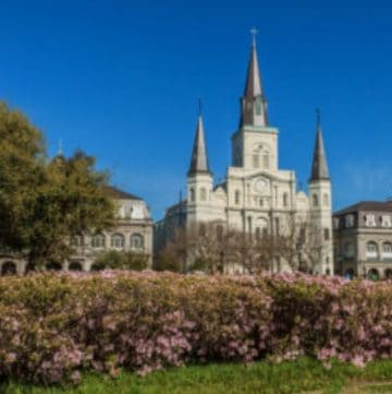 When considering options for romantic getaways in the Southeast, many destinations come to mind. Not much is more romantic than spending some one-on-one time with the person you love.