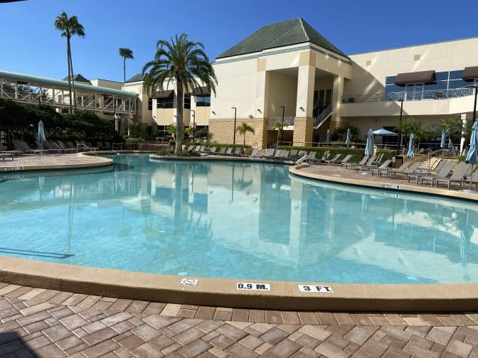 tropical pool at The Rosen Plaza