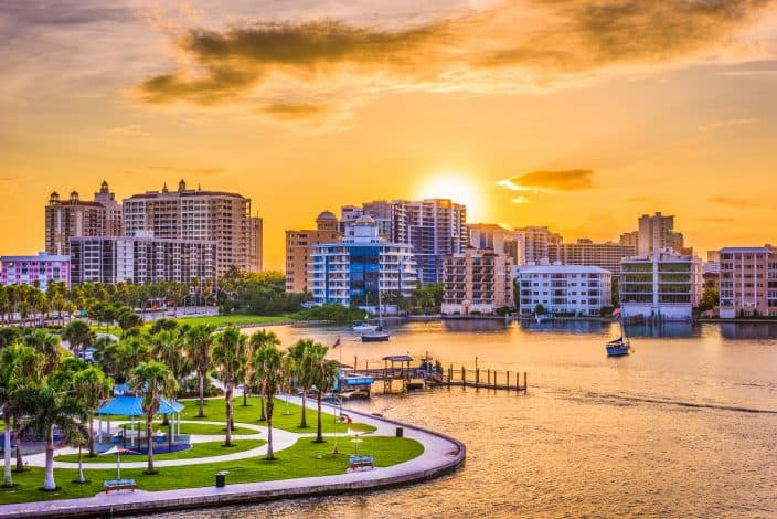 Sarasota bay at sunset, the perfect place for a mother's day weekend getaway