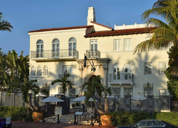 Villa Casa Casuarina view of the front entrance and building. The perfect place for a Florida romantic getaway