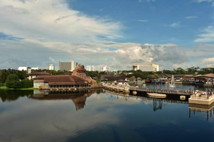 Disney Springs, an idea for what do during a girls getaway in Orlando