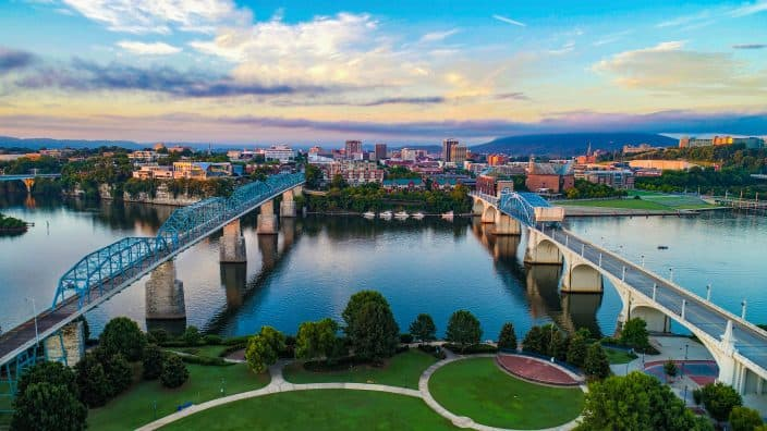 Aerial view of Chattanooga Tennessee and the TN Skyline, an example of a family friendly vacation destination