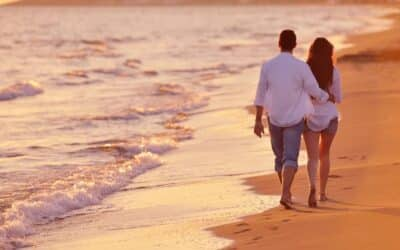 6 Romantic Getaway Weekend Ideas At The Beach For Fall